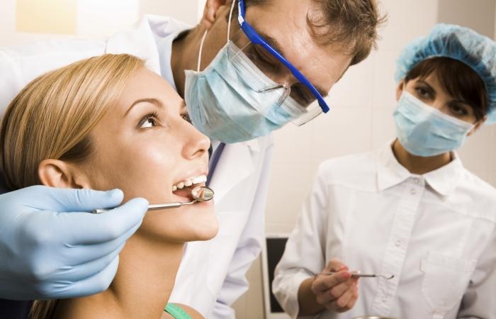 Self-Healing Teeth